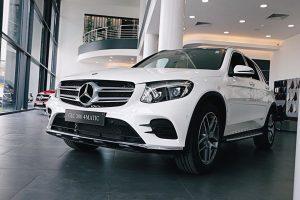 Giá Lăn Bánh Mercedes GLC 300: Thông số kỷ thuật và khuyến mãi